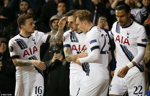 Video clip ban thang Tottenham 3-0 Fiorentina (Luot ve vong 116 Europa League 20152016) hinh anh