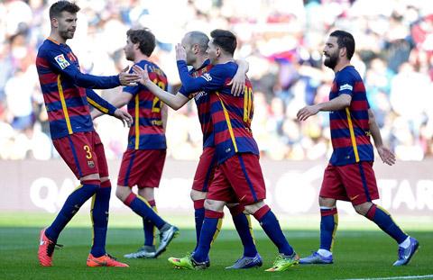 Barca vs Arsenal Pique danh gia cao co hoi vo dich cua Barca hinh anh 2