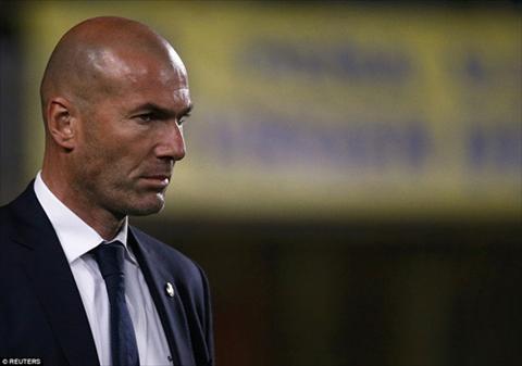 Real thang tray da troc vay, HLV Zidane khong the mim cuoi hinh anh