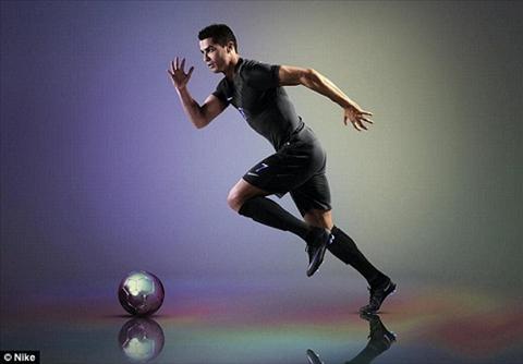 Giay dau chong bun dat cua Nike da trinh lang sieu an tuong hinh anh 3
