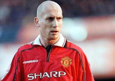 Pep khong the danh bai Mourinho o tran derby thanh Manchester hinh anh 2