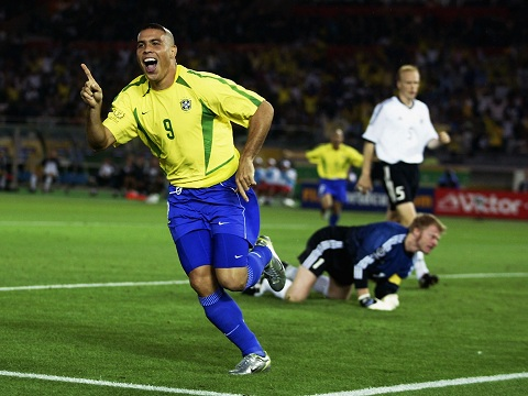 Ronaldo thang hoa tai World Cup 2002 cung DT Brazil