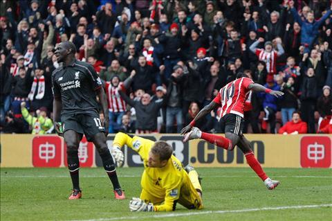 Mane toa sang Southampton vs Liverpool