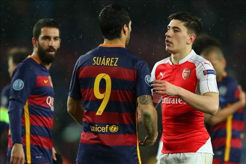 Arsenal da san sang ban Bellerin cho Barca?