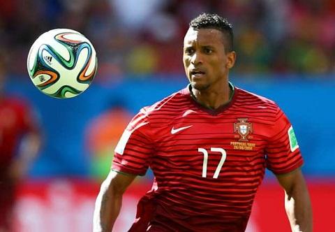 Bo Dao Nha 0-1 Bulgaria Ngay toi te cua Ronaldo va Nani hinh anh 3