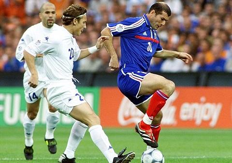 Zinedine Zidane la cau thu hay nhat Euro 2000