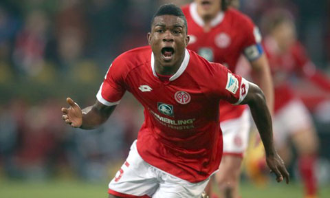 Bayern Munich 1-2 Mainz Dut mach bat bai ky luc hinh anh