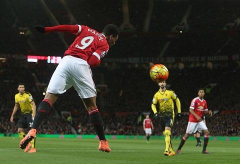 MU 1-0 Watford Dau an Timothy Fosu-Mensah va Juan Mata hinh anh