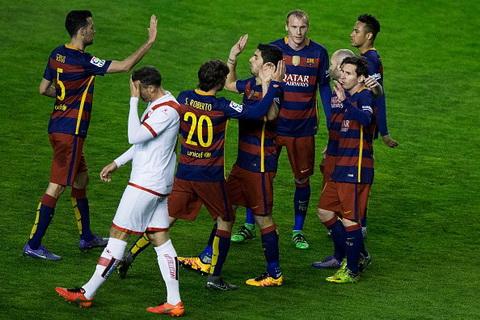 Rayo Vallecano 1-5 Barca Man huy diet don gian trong the 11 dap 9 hinh anh 5