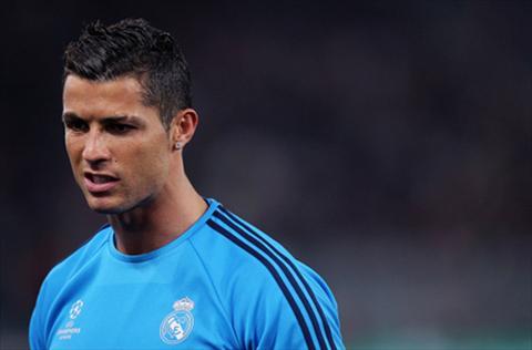 Ronaldo danh vong sieu xe tranh fan cuong hinh anh