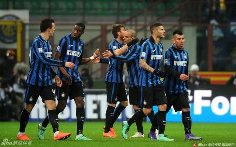 Inter Milan 3-1 Palermo Niu giu hy vong du Champions League hinh anh