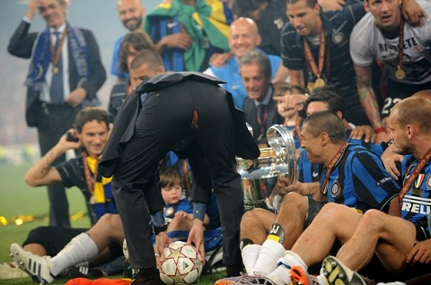 Nhin lai nhung pha rach quan hai huoc trong bong da Tu Zidane, Pep den ca Rooney hinh anh 2
