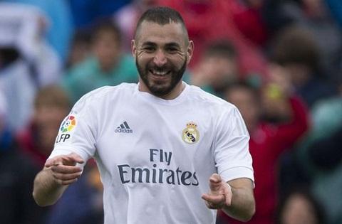 Karim Benzema khien nguoi Phap buon rau