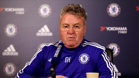 Hiddink dat cua vo dich Premier League cho Liverpool hinh anh