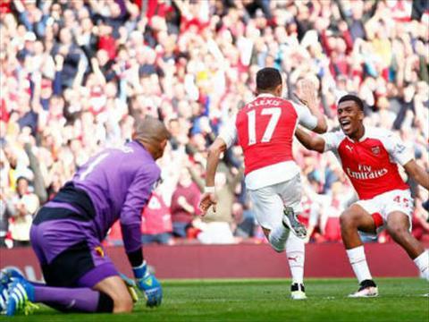 hang cong Arsenal hinh anh 2