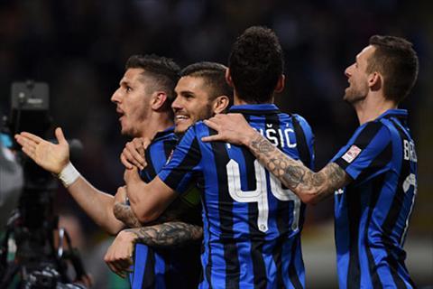 Inter nguoc dong thanh cong de tiep tuc bam duoi Roma