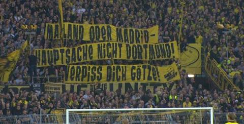 CDV Dortmund giuong bang ron phan doi Gotze tro lai CLB