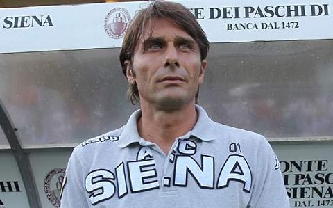 HLV Conte thoi con dan dat Siena
