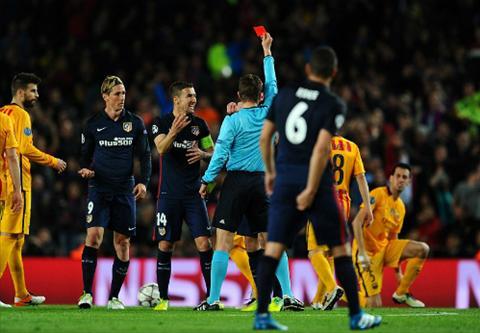 Barca 2-1 Atletico Barca huong loi nhieu nhat tu cac trong tai o C1 hinh anh 2