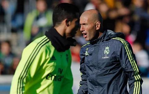 Zidane thang El Clasico dau tay Thanh qua tu su cham chi hinh anh 2
