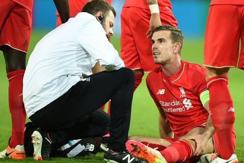 Liverpool phai tra gia dat sau tran hoa Borussia Dortmund hinh anh