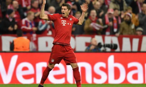 Sat thu cua Bayern Munich bong gio chuyen sang Anh thi dau hinh anh