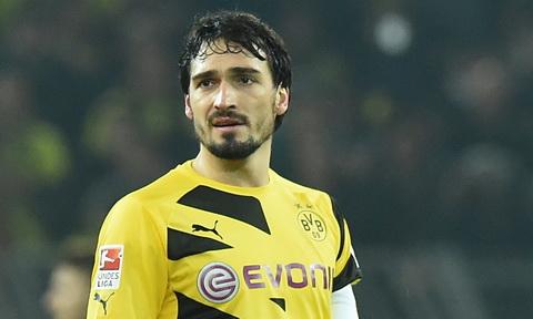 Mats Hummels to ra rat buon ba khi phai chia tay Dortmund.