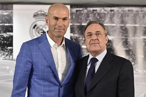 HLV Carlo Ancelotti hinh anh