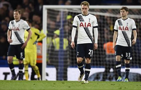 Noi that vong cua cau thu Tottenham. Anh: Reuters.