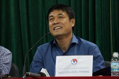 HLV Huu Thang can nhac goi Samson, lo cho bo 3 xuat ngoai cua HAGL hinh anh