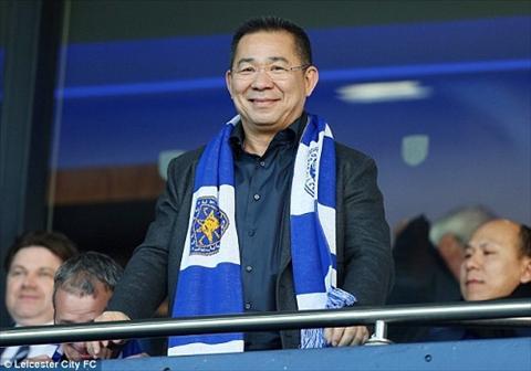 Tat ca cau thu Leicester City deu duoc thuong mot chiec Mercedes hinh anh 2