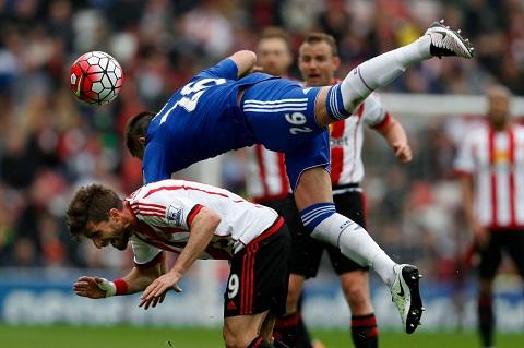 Du am Sunderland 3-2 Chelsea Ngay chia tay buon cua John Terry hinh anh