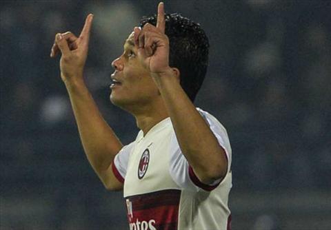 Video clip ban thang Bologna 0-1 AC Milan (Vong 37 Serie A 20152016) hinh anh