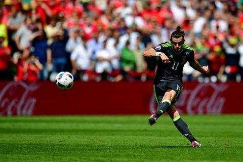 Gareth Bale va con so an tuong ve da phat truc tiep trong lich su Euro hinh anh