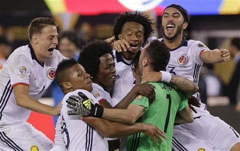 Video clip tong hop Peru 0-0 (pen 2-4) Colombia (Tu ket Copa America 2016) hinh anh