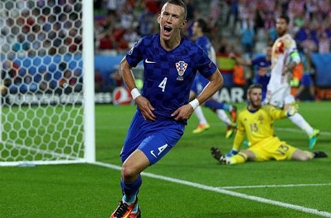 Croatia vs Bo Dao Nha (2h ngay 266) Sieu Croatia va Sieu Ronaldo hinh anh