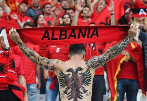 Mua hinh xam tren cac khan dai Euro 2016 hinh anh 12