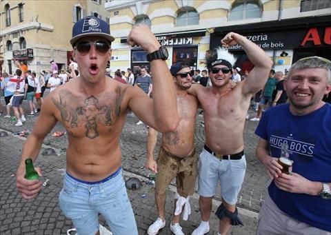 Mua hinh xam tren cac khan dai Euro 2016 hinh anh 8