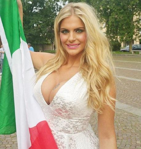 Sieu mau nguc khung khoa than hoan toan neu Italia vo dich Euro hinh anh 2