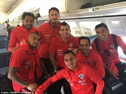 Tuyen Chile nghi xa hoi truoc chung ket Copa America 2016 hinh anh