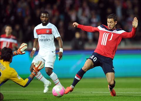 Eden Hazard trong mau ao Lille