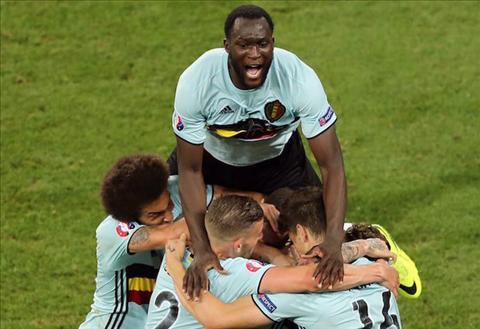 Romelu Lukaku Nguoi ganh tren vai ca Hazard va De Bruyne hinh anh 5