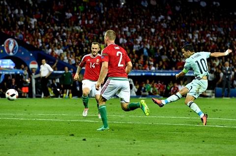 Hazard da toa sang dua Bi vao tu ket EURO 2016
