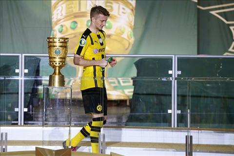 Aubameyang Tien ve Marco Reus se nang tam Dortmund hinh anh
