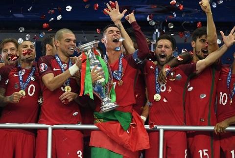 Bo Dao Nha tiep tuc vo dich ve tien thuong tai Euro 2016 hinh anh