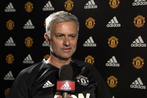 Diem tin Bongda24h sang 147 Mourinho lai lam cach mang tai MU hinh anh