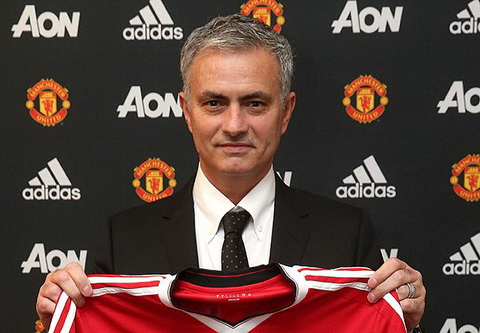Jose Mourinho rot mat vao tai CDV MU hinh anh