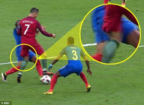 Dimitri Payet va cai gia qua dat cua cu vao bong voi Ronaldo hinh anh