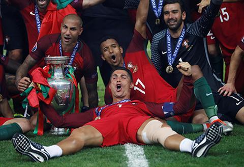 Dau an cua Ronaldo va nhung tai nang tu Sporting Lisbon o chien tich BDN vo dich Euro hinh anh