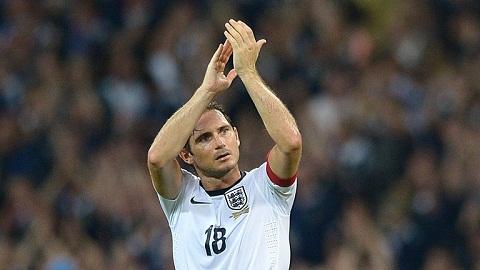 HLV Conte len tieng ve tuong lai tien ve Frank  Lampard hinh anh